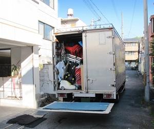 引っ越し先へ業者のトラックに一緒に乗っていくことはできる?