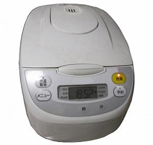 炊飯器は「家電リサイクル法」の対象になるの?適切な捨て方は?